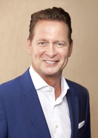 Steffen Apelt, Bürgermeister der Stadt Hohen Neuendorf, übernimmt die Schirmherrschaft der Aktion - Fotos zur Veröffentlichung bitte beim Aktionsbetreuer anfragen!