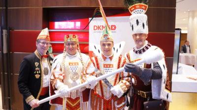 Karnevalisten aller Länder vereinigt euch!